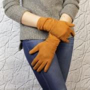 Перчатки женские замшевые песочные